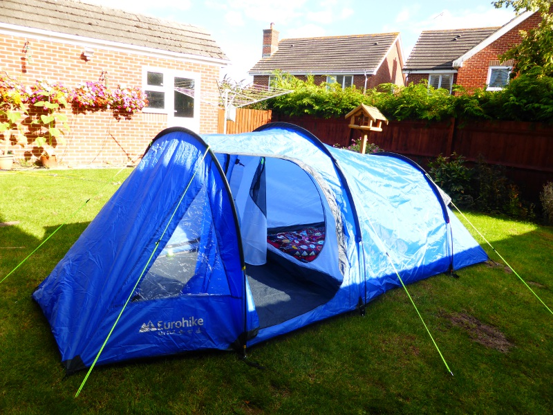 Considering the size of the bag this tent is astonishingly spacious. It feels more spacious because the walls are more vertical and the ceiling doesnu0027t ... & The new tent - I Am a Polar Bear