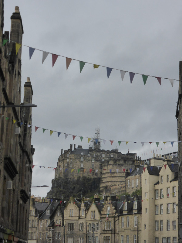 Edinburgh Castle from Candlemaker Row