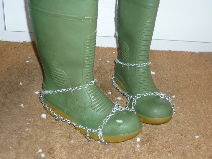 Snowchains for wellies